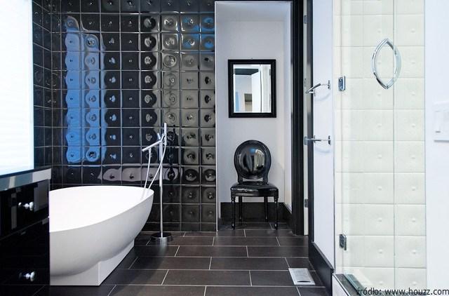 czarno biała łazienka glamour
