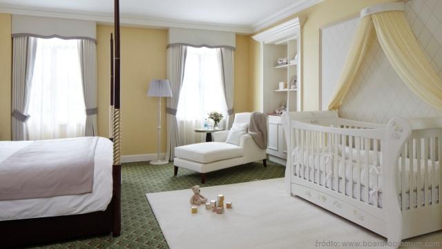 pokój rodziców z dzieckiem