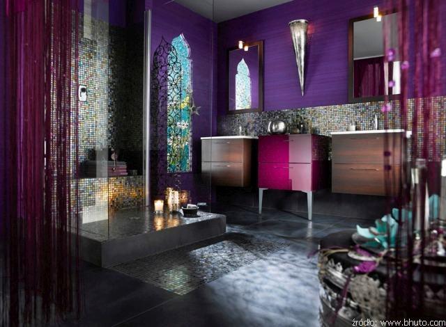 fioletowa łazienka w orientalnym stylu